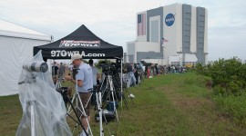Wall of cameras and photographers, final launch of space shuttle Atlantis, STS-135